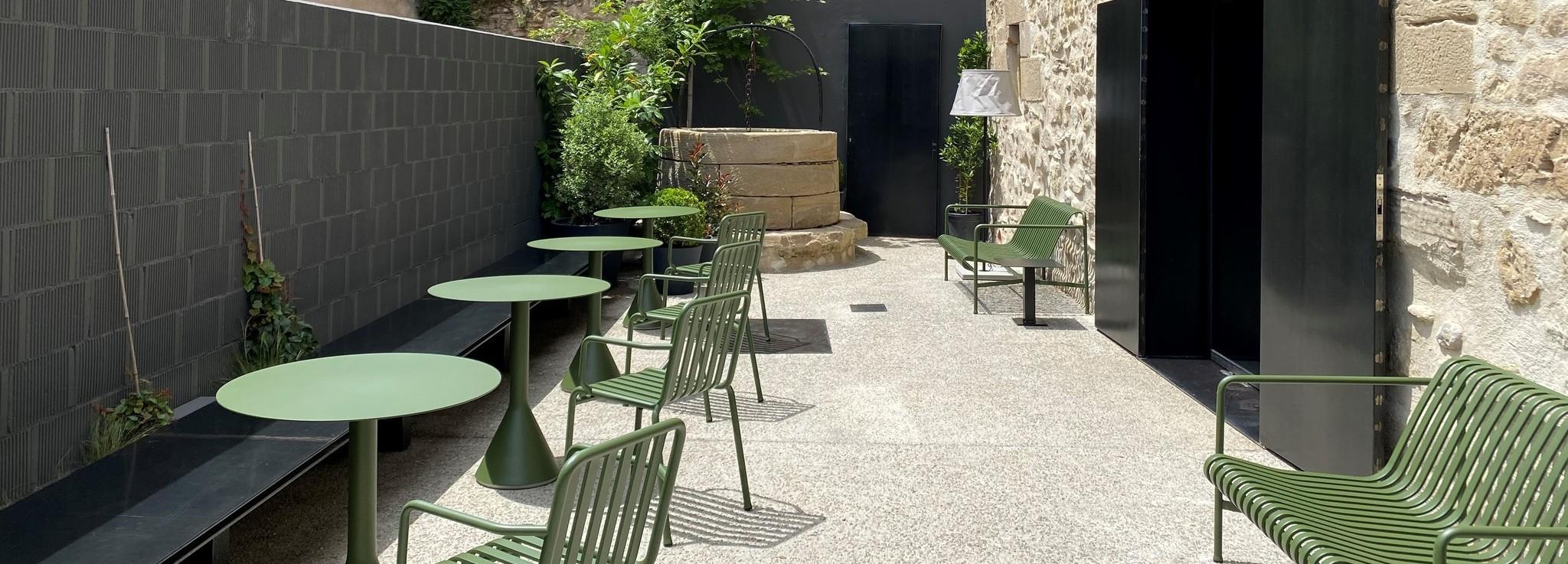 terraza si 1 1 web - El hotel